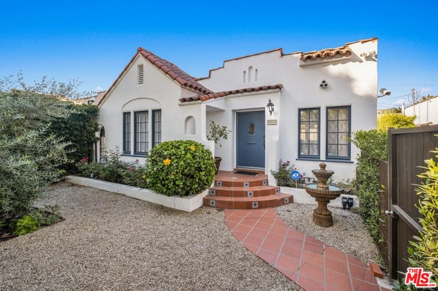 Photo of 8819 DORRINGTON AVE, WEST HOLLYWOOD, CA 90048