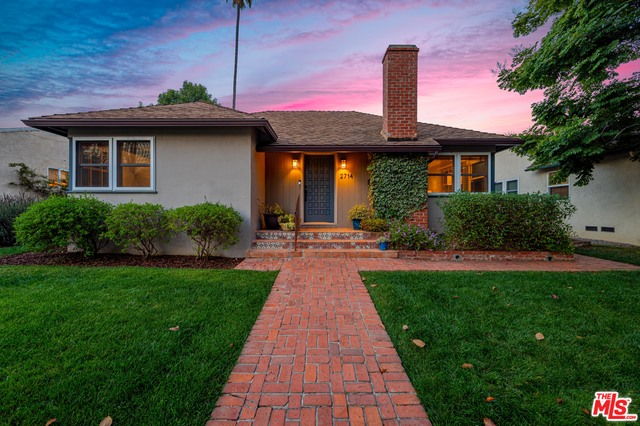 Photo of 2714 Selby Ave, Los Angeles, CA 90064