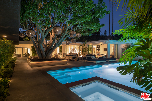 Photo of 1007 Loma Vista Dr, Beverly Hills, CA 90210
