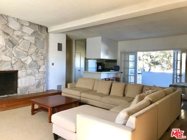 Photo of 2021 California Ave #23, Santa Monica, CA 90403