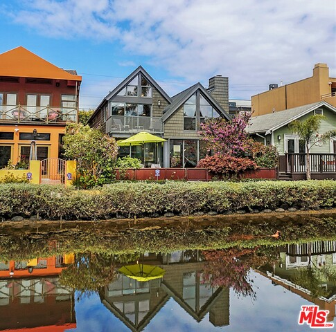 Photo of 447 Carroll Canal, Venice, CA 90291