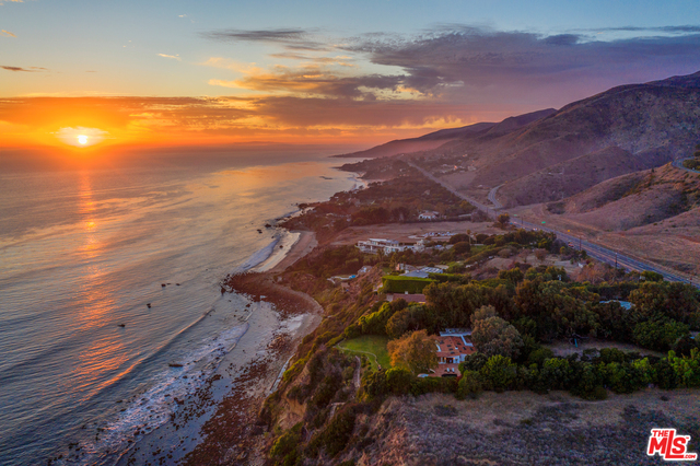 Hwy, Malibu, California 90265, 4 Bedrooms Bedrooms, ,4 BathroomsBathrooms,Residential,For Sale,20-625290