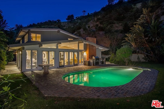 Photo of 1740 Stone Canyon Rd, Los Angeles, CA 90077