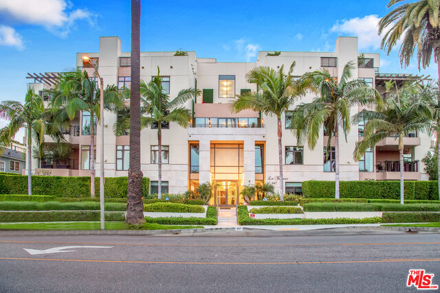 Photo of 447 N Doheny Dr #304, Beverly Hills, CA 90210