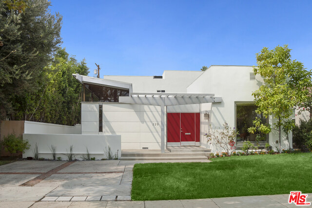 Photo of 229 S Canon Dr, Beverly Hills, CA 90212