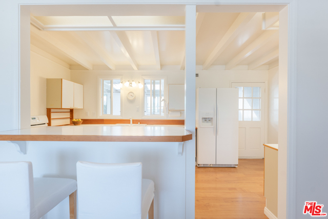 28819 Selfridge Dr, Malibu, California 90265, 5 Bedrooms Bedrooms, ,4 BathroomsBathrooms,Residential,For Sale,Selfridge,20-626730