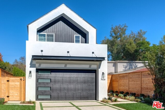 Photo of 3628 MAPLEWOOD Ave, Los Angeles, CA 90066
