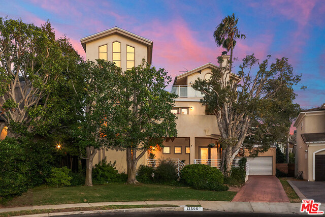 Photo of 12306 Clover Ave, Los Angeles, CA 90066