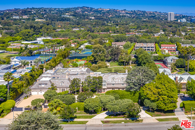 Photo of 808 N Rexford Dr, Beverly Hills, CA 90210
