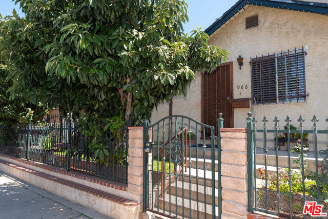 Photo of 966 S Orme Ave, Los Angeles, CA 90023