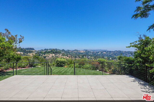 Photo of 2854 ANGELO DR, Los Angeles, CA 90077
