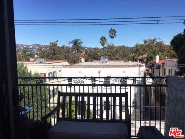 Photo of 6151 ORANGE ST #311, LOS ANGELES, CA 90048