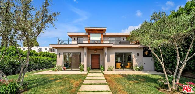 Photo of 15153 Hartsook St, Sherman Oaks, CA 91403