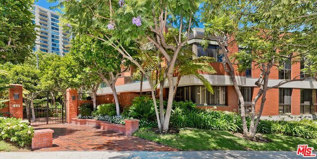 Photo of 415 S Spalding Dr #205, Beverly Hills, CA 90212