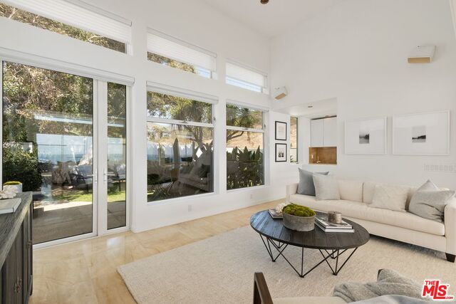 24560 MALIBU RD, MALIBU, California 90265, 5 Bedrooms Bedrooms, ,5 BathroomsBathrooms,Residential,For Sale,MALIBU,20-630190