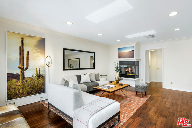Photo of 1217 20TH ST #303, Santa Monica, CA 90404