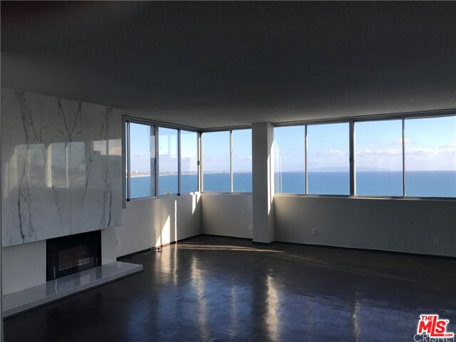 17352 Sunset Blvd, Pacific Palisades, California 90272, 2 Bedrooms Bedrooms, ,2 BathroomsBathrooms,Residential,For Sale,Sunset,20-631394