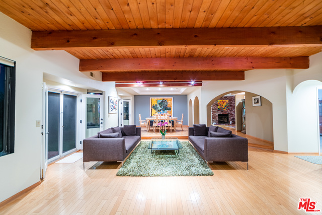 23442 Copacabana St, Malibu, California 90265, 4 Bedrooms Bedrooms, ,3 BathroomsBathrooms,Residential,For Sale,Copacabana,20-631566