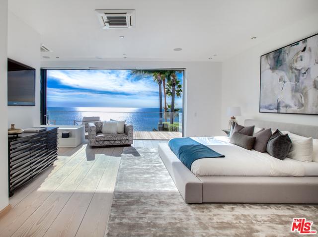 32802 Pacific Coast Hwy, Malibu, California 90265, 3 Bedrooms Bedrooms, ,5 BathroomsBathrooms,Residential,For Sale,Pacific Coast,20-632500