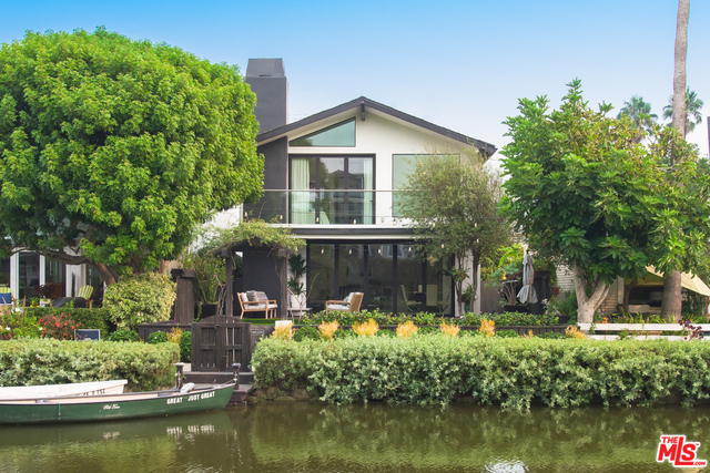 Photo of 214 Howland Canal, VENICE, CA 90291