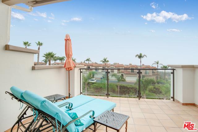 6436 Lunita Rd, Malibu, California 90265, 2 Bedrooms Bedrooms, ,3 BathroomsBathrooms,Residential,For Sale,Lunita,20-633160