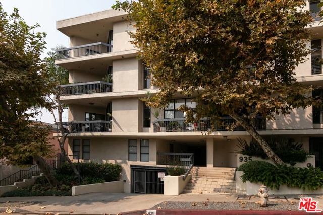 Photo of 935 Westbourne Dr #303, West Hollywood, CA 90069