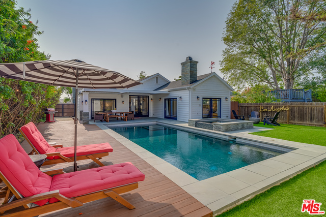 Photo of 3752 Ocean View Ave, Los Angeles, CA 90066