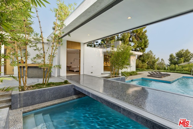Photo of 1163 Calle Vista Dr, Beverly Hills, CA 90210
