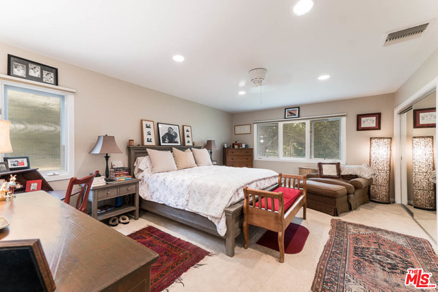 28952 Selfridge Dr, Malibu, California 90265, 3 Bedrooms Bedrooms, ,3 BathroomsBathrooms,Residential,For Sale,Selfridge,20-635074