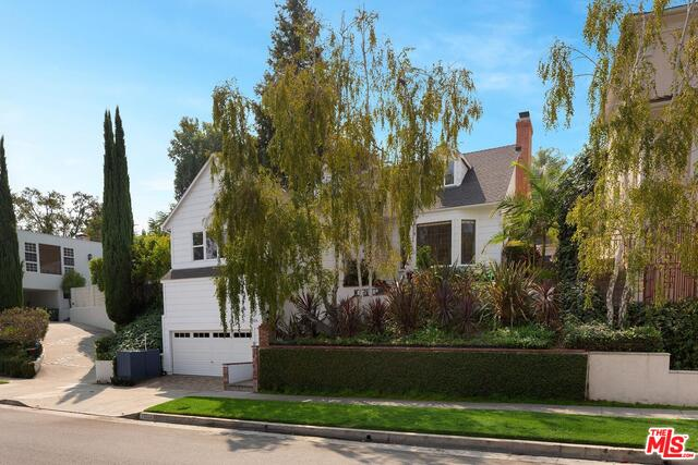 Photo of 13324 Valley Vista Blvd, Sherman Oaks, CA 91423