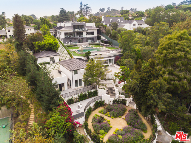 Photo of 499 Halvern DR, LOS ANGELES, CA 90049