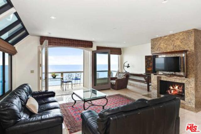 26170 Pacific Coast Hwy, Malibu, California 90265, 3 Bedrooms Bedrooms, ,3 BathroomsBathrooms,Residential Lease,For Sale,Pacific Coast,20-636674