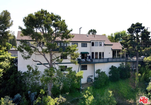 Photo of 2251 Gloaming Way, Beverly Hills, CA 90210