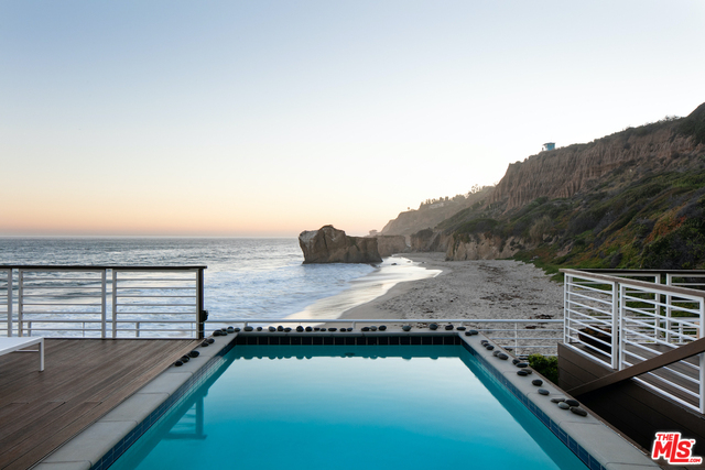 32062 Pacific Coast HWY, MALIBU, California 90265, 4 Bedrooms Bedrooms, ,6 BathroomsBathrooms,Residential Lease,For Sale,Pacific Coast,20-637380