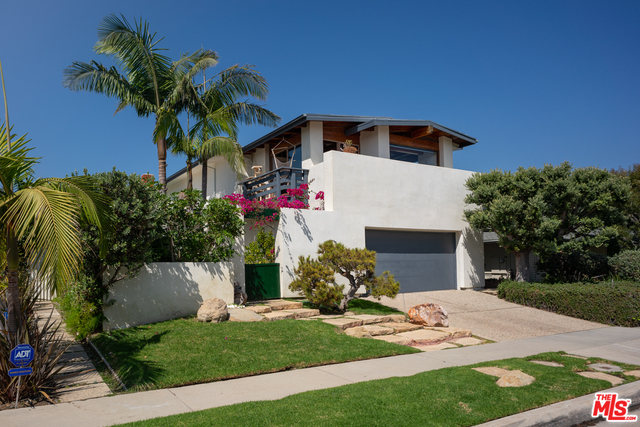 18443 Clifftop Way, Malibu, California 90265, 4 Bedrooms Bedrooms, ,3 BathroomsBathrooms,Residential,For Sale,Clifftop,20-637424