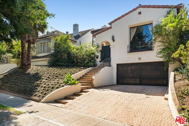 Photo of 467 S Beverwil Dr, Beverly Hills, CA 90212