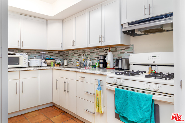 3938 LAS FLORES CANYON RD, MALIBU, California 90265, 3 Bedrooms Bedrooms, ,3 BathroomsBathrooms,Residential,For Sale,LAS FLORES CANYON,20-637856