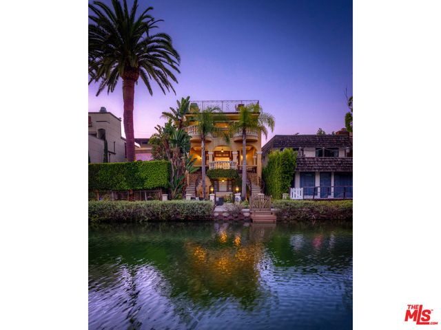 Photo of 405 Sherman Canal, Venice, CA 90291