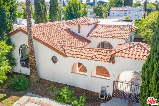 Photo of 124 N Stanley Dr, Beverly Hills, CA 90211