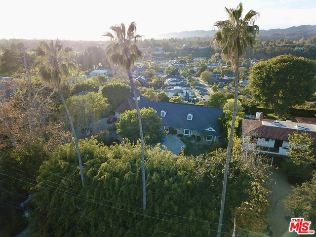 Photo of 287 S Rockingham Ave, Los Angeles, CA 90049
