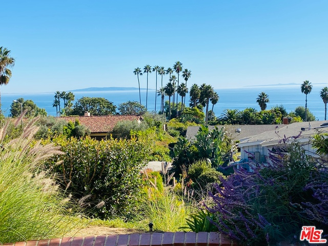 20243 Piedra Chica Rd, Malibu, California 90265, 4 Bedrooms Bedrooms, ,3 BathroomsBathrooms,Residential,For Sale,Piedra Chica,20-639574