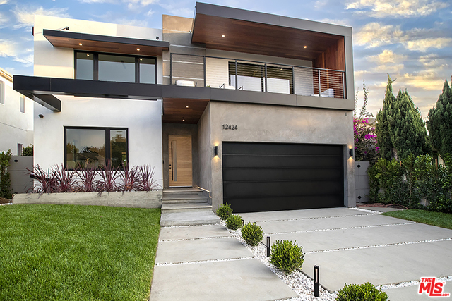 Photo of 12424 Rose Ave, Los Angeles, CA 90066