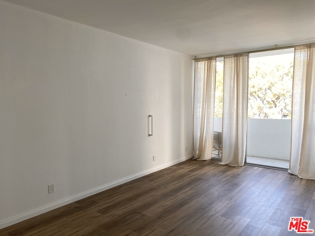 17368 Sunset, PACIFIC PALISADES, California 90272, 1 Bedroom Bedrooms, ,1 BathroomBathrooms,Residential,For Sale,Sunset,20-639946