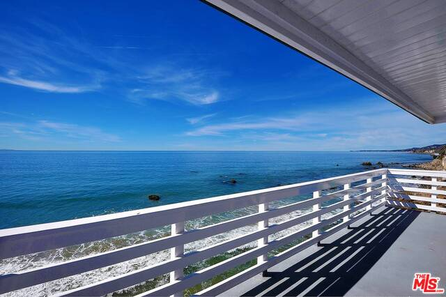 20062 Pacific Coast Hwy, Malibu, California 90265, 3 Bedrooms Bedrooms, ,3 BathroomsBathrooms,Residential Income,For Sale,Pacific Coast,20-639962