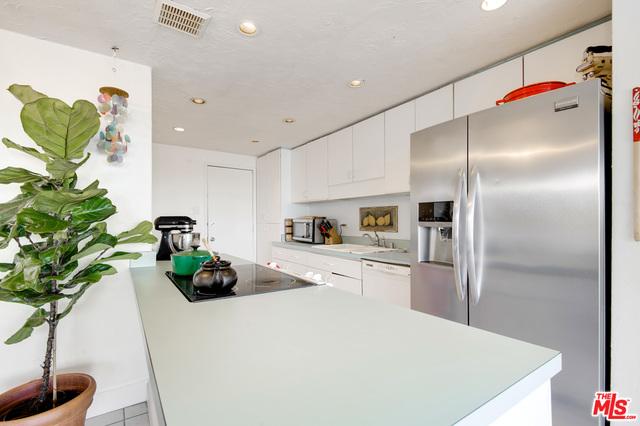 23910 DE VILLE WAY, MALIBU, California 90265, 2 Bedrooms Bedrooms, ,2 BathroomsBathrooms,Residential,For Sale,DE VILLE,20-640100