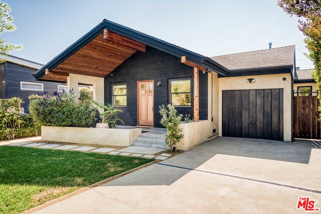 Photo of 4257 Campbell Dr, Los Angeles, CA 90066