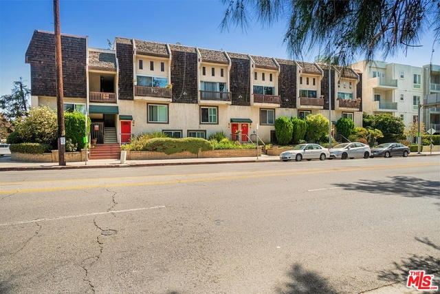 Photo of 4660 Coldwater Canyon Ave #22, Studio City, CA 91604