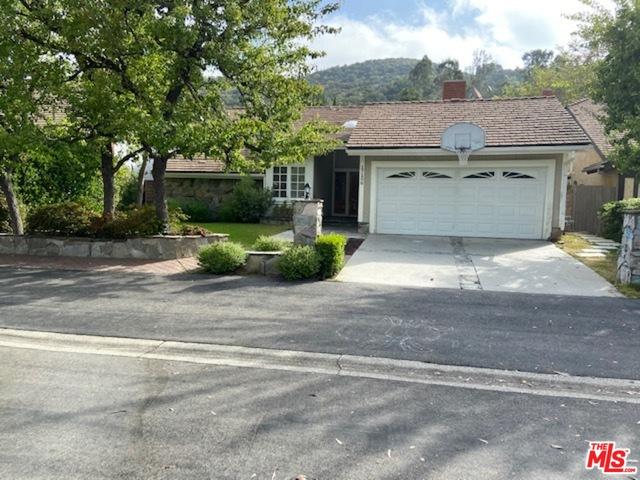 17106 Avenida De La Herradura, Pacific Palisades, California 90272, 4 Bedrooms Bedrooms, ,2 BathroomsBathrooms,Residential Lease,For Sale,Avenida De La Herradura,20-641490