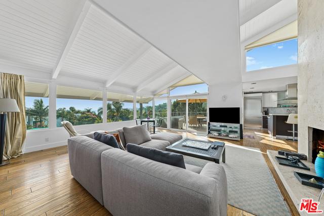 27159 Sea Vista Dr, Malibu, California 90265, 4 Bedrooms Bedrooms, ,4 BathroomsBathrooms,Residential,For Sale,Sea Vista,20-641580