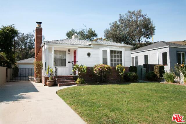 Photo of 2819 S Holt Ave, Los Angeles, CA 90034